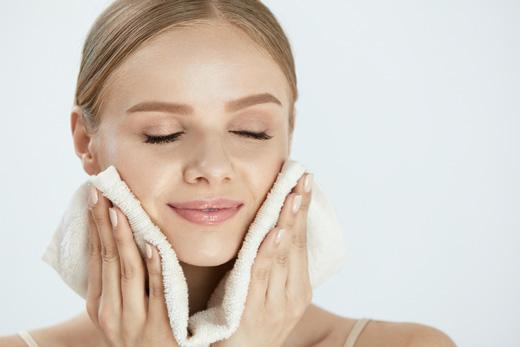 肌の乾燥と病院の関係